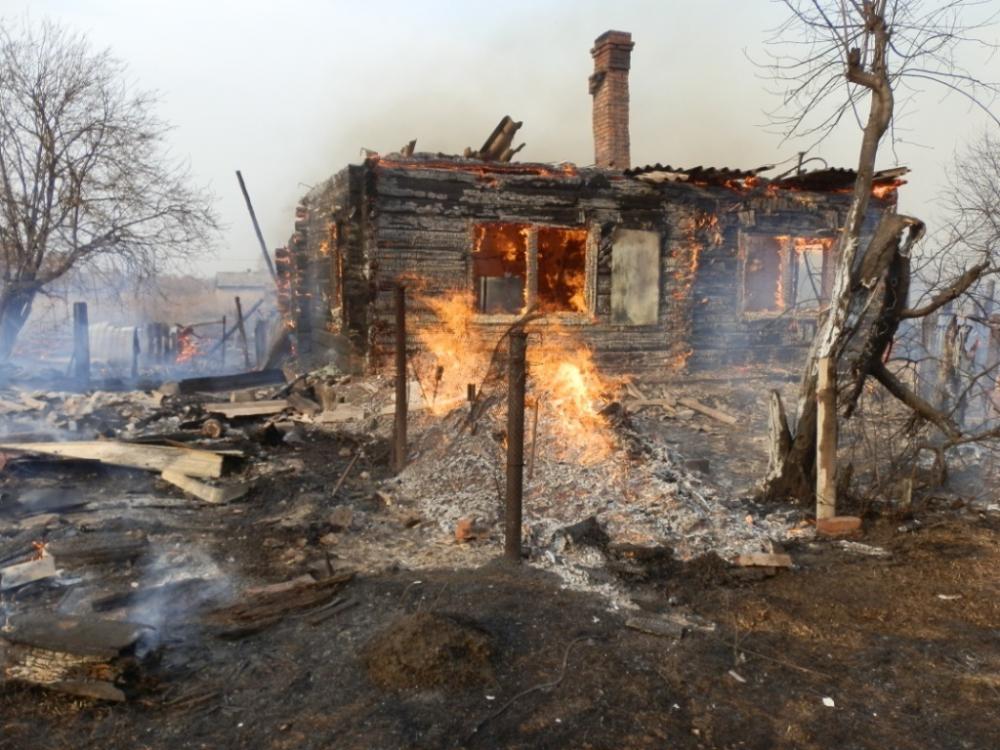 Новочеркасцев предупредили о приближении пожароопасного периода