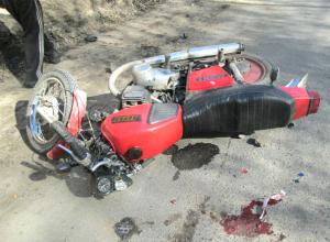 Молодого мотоциклиста доставили в больницу после ДТП под Новочеркасском