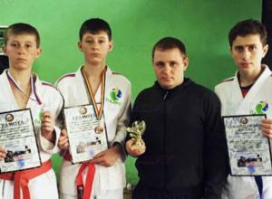 Два призовых места заняли братья из Новочеркасска на соревнованиях по рукопашному бою