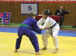 Новочеркасские дзюдоисты выиграли командный зачет в масштабных соревнованиях