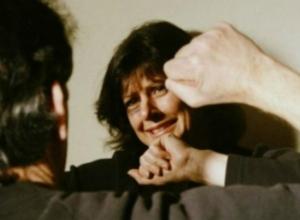 Жительницу Новочеркасска зверски избили и ограбили в собственном доме