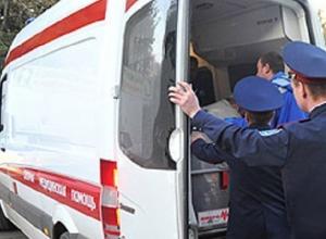 Грузовая «Газель» повредила две машины и сбила пешехода в Новочеркасске