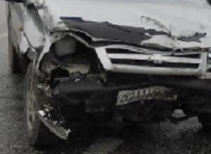 Столкновение двух «Шевроле» закончилось госпитализацией пассажирки «Круза» в Новочеркасске