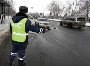 140 нарушителей ПДД за неделю выявили сотрудники ГИБДД  в Новочеркасске