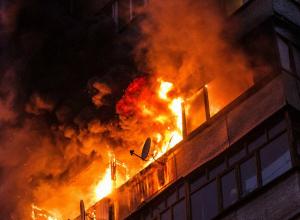 Загоревшийся домашний скарб, едва не погубил в огне четырехэтажный дом в Новочеркасске