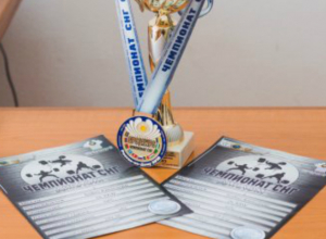 Новочеркасские штангисты победили на чемпионате СНГ по пауэрлифтингу