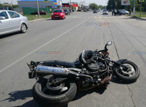 Несшийся на скорости более 100 километров мотоциклист погиб в ужасной аварии в Новочеркасске
