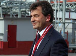Владелец новочеркасских заводов «Эскорт» и «Актис» Владимир Базиян станет невыездным