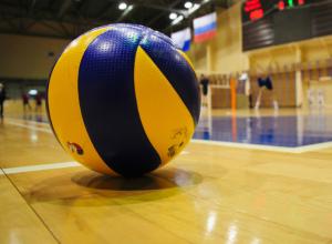 Волейболисты из Новочеркасска одержали победу в первом этапе областного кубка