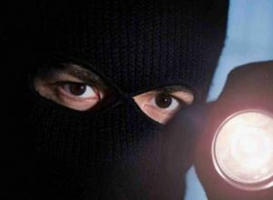Разбойники в масках напали на офис в Новочеркасске
