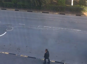 Испорченный боевой техникой в центре Новочеркасска асфальт пообещала восстановить администрация