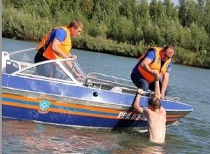 Спасатели вытащили из Дона тонувшего новочеркасца