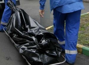В Новочеркасске 55-летний мужчина, ранним утром, скончался на улице