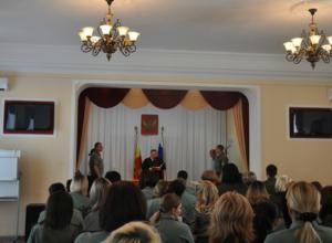 650 тысяч рублей заплатит офицер за получение взяток в Новочеркасске