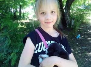 Под Новочеркасском дети спасли от голодной смерти выброшенных на помойку щенков