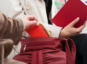 Еще одного карманника поймали полицейские в Новочеркасске