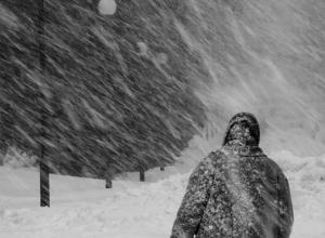 Природный апокалипсис обрушился на Новочеркасск и лишил дома электричества