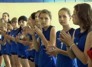 Девушки из Новочеркасска завоевали бронзу волейбольного турнира