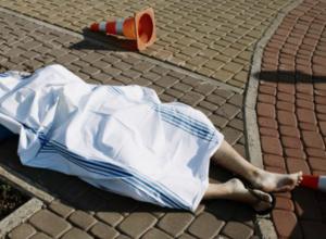 Ехавший на поезде мужчина скоропостижно скончался на железнодорожном вокзале Новочеркасска