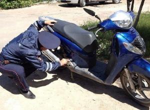 28-летний рецидивист украл у женщины скутер в Новочеркасске