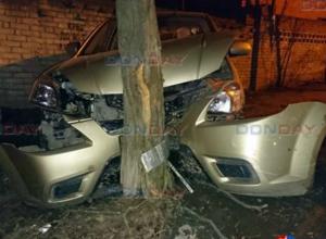 «Мерседес» на полном ходу протаранил припаркованную «Киа Рио» в Новочеркасске