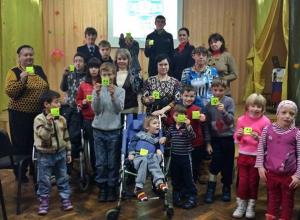 В Новочеркасске автоинспекторы штрафовали нарушителей, занимающих на парковках места для инвалидов