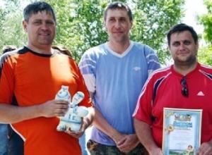 Юристы из администрации Новочеркасска стали лучшими рыбаками в Ростовской области