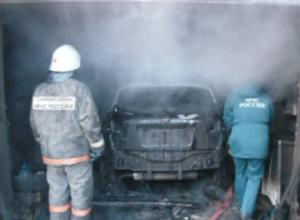 Оставленный на ремонт автомобиль сгорел вместе с автосервисом в Новочеркасске