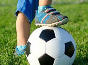 «Мы победили»! Футболисты Новочеркасска завоевали золото на областном турнире «Золотая осень»
