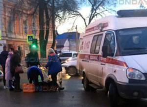 Перебегающая дорогу пенсионерка попала под колеса иномарки в Новочеркасске