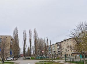 Труп пожилой женщины обнаружили в запертой квартире спасатели в Новочеркасске