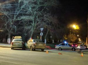 Три человека пострадали в ДТП с участием такси в Новочеркасске