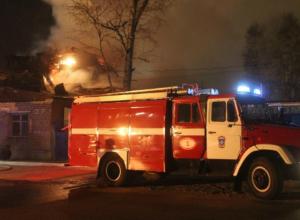 Цех по производству стеклотары загорелся в Новочеркасске