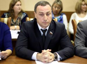 У нас нет понимания с администрацией Новочеркасска в решении многих вопросов, - Попов