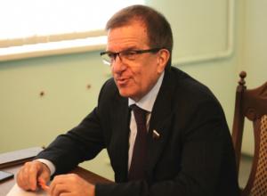 Около 14 миллионов рублей заработал новочеркасский депутат Госдумы Михаил Чернышев
