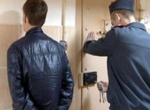 19-летнего парня задержали за две кражи в Новочеркасске