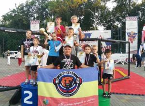 Бойцы новочеркасского СК «Медведь» привезли охапку медалей из Шахт