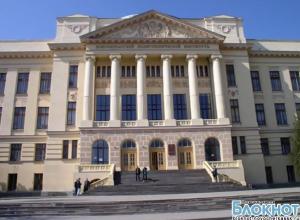 В Новочеркасске начальник факультета ЮРГТУ незаконно раздавал студентам звания лейтенанта