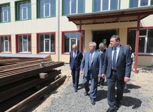 Василий Голубев пообещал выделить новочеркасской школе № 11 деньги из областного бюджета