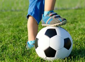 Юные футболисты новочеркасского Ермака победили ростовчан