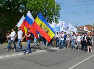 Более пяти тысяч человек отметили «замечательный» и «теплый» Первомай в Новочеркасске