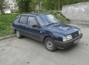Автомобиль «Иж-Ода» угнали от частного домовладения в Новочеркасске