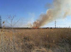 Пять крупных возгораний произошло в Новочеркасске в минувшие выходные