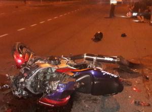 В Новочеркасске протаранивший иномарку мотоциклист попал в больницу
