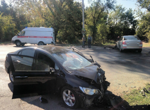 Три человека пострадали в серьезной аварии на трассе Багаевская - Новочеркасск