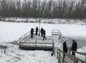 Места проведения обрядовых крещенских купаний проверяют сотрудники МЧС