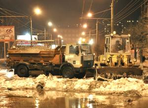 Серьезную коммунальную аварию на водоводе проспекта Баклановского в Новочеркасске устранили