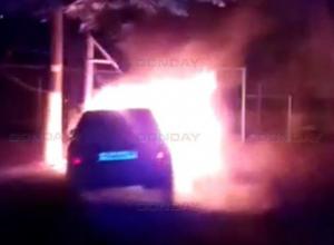 В Новочеркасске сгорел очередной автомобиль