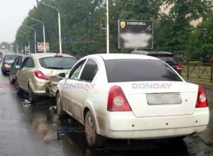 В Новочеркасске «Чери Фора» врезалась в небольшую пробку из машин