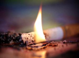 Уснувший с сигаретой нетрезвый мужчина устроил пожар в Новочеркасске